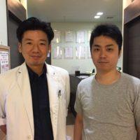 胃の不快感と背中の痛みでお悩みだった浅井勇樹さん(33歳/会社員)